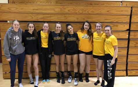 CCHS Volleyball Players Go Above and Beyond