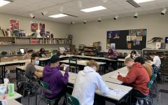 Photo taken by Adelaide Garvey. Art students work on their art and other homework while SSR is in session.